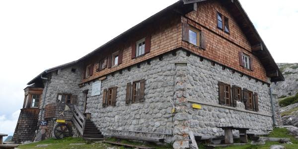 Das Leopold-Happisch-Haus wird zur Selbstversorgerhütte umgebaut.
