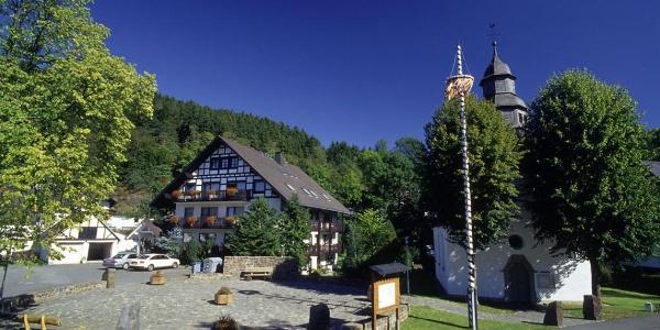 Dorfplatz in Liesen