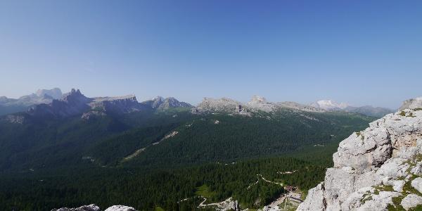 Blick auf das Rifugio Dibona