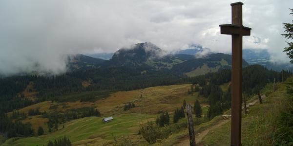 Gipfelkreuz des Piesenkopf 1630m