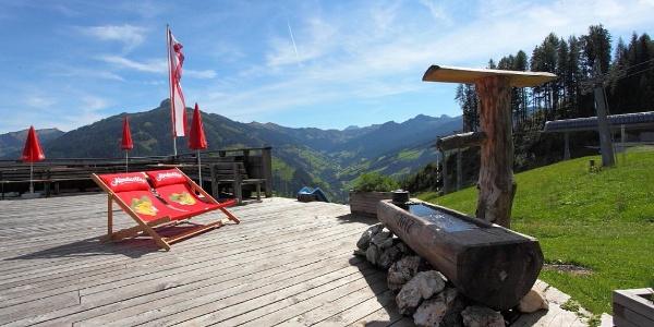 Alpentaverne - Zapfenbar
