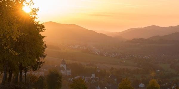 Blick auf Grafschaft und das Kloster