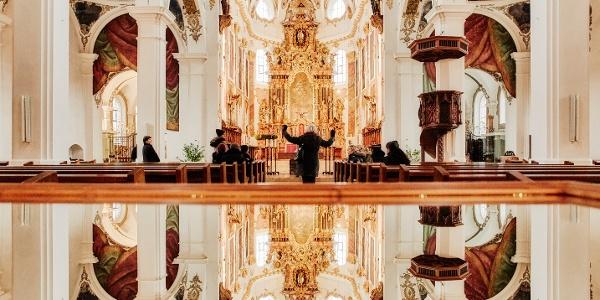 Ein Blick in die barocke Stadtkirche Biberach
