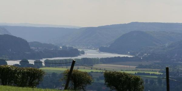 Blick Richtung Siebengebirge von Erpeler Ley