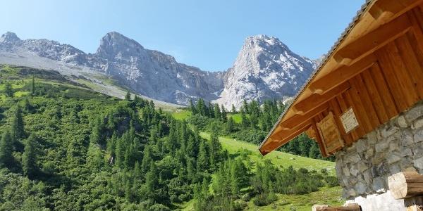 "View back from the alpine hut ""Oberlochalm"""