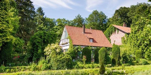Panoramablick auf das Alte Forstamt im Teutoburger Wald