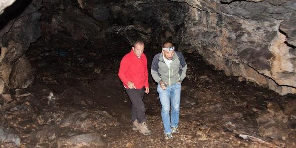 Dahna Cave