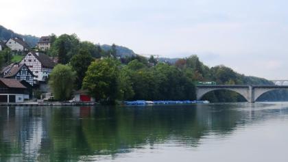 Natur und kleine Orte am Rhein