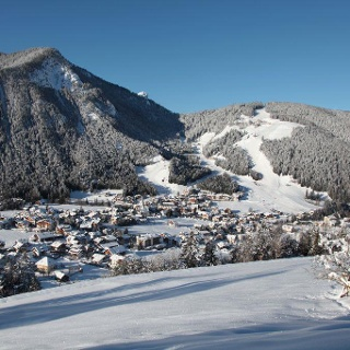 Village with view at the Piz de Plaies