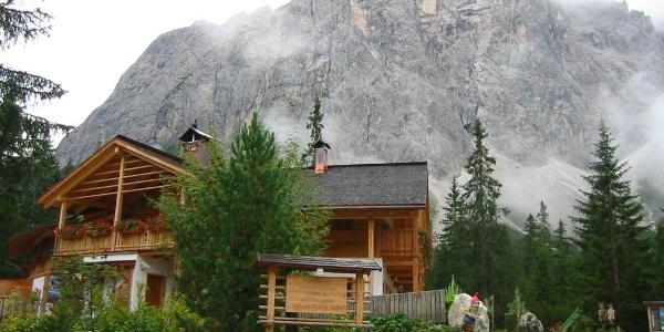 Blick auf die Talschlusshütte