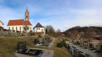 Walkertshofen - Blick vom Friedhof