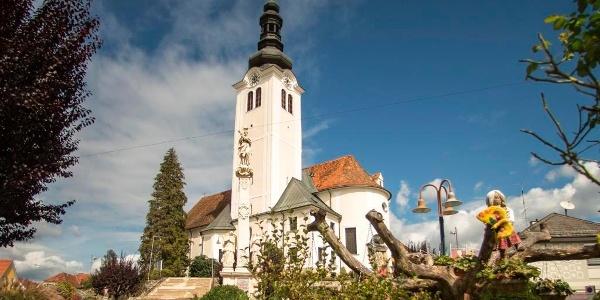 Barockkirche St. Ruprecht an der Raab und Hauptplatz