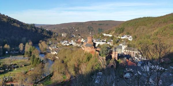 Heimbach mit Burg Hengbach