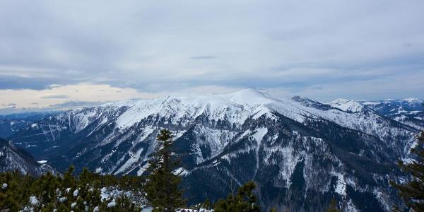 Ausblick auf die benachbarte Schneealpe