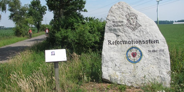 Reformationsstein auf dem Stadt-Napoleonsweg