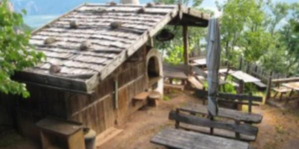 Bergjosl Tavern
