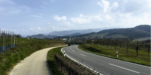 Radweg in Richtung Achern