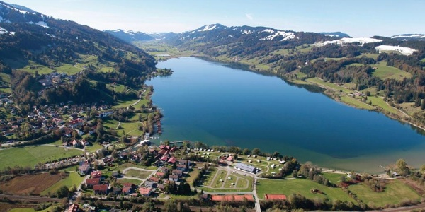 Alpsee Camping and the lake from above