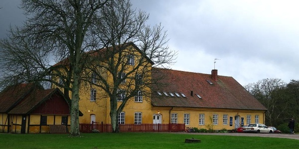 Sidobyggnad, Börringe kloster