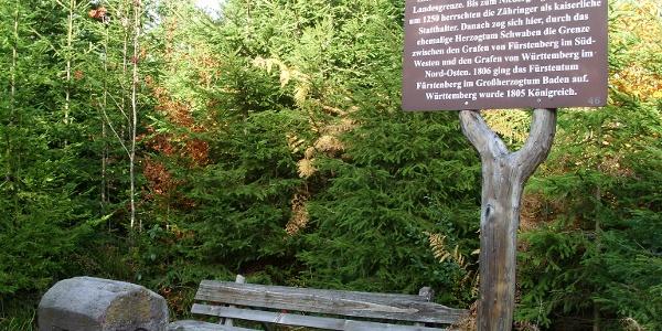 Die Grenzweg-Infotafel am Kniebiser Heimatpfad