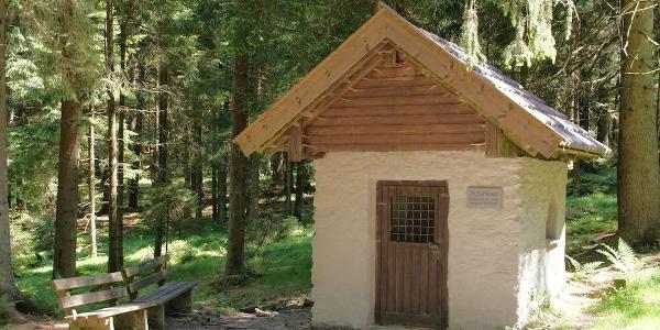Kapelle St. Bernhard am Weg nach Grün
