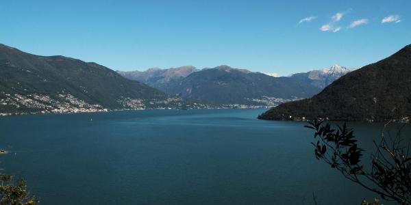Ausblick über den Lago Maggiore Richtung Ascona/Locarno