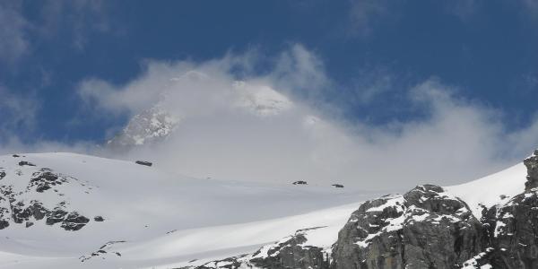 Großglockner in Wolken