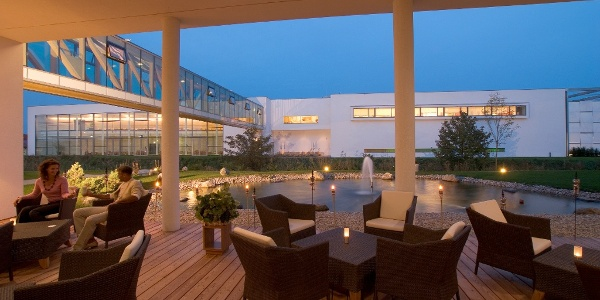 Lounge Terrasse Therme Laa - Hotel & Spa