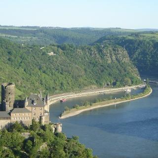 Burg Katz und Loreleyfelsen