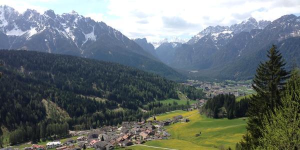 Vista da Stadlern a Dobbiaco e nella Valle di Landro