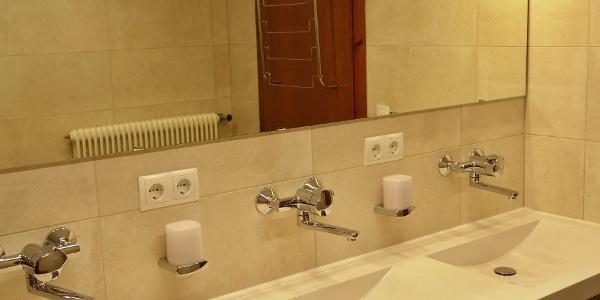 Spitzsteinhaus - Waschraum