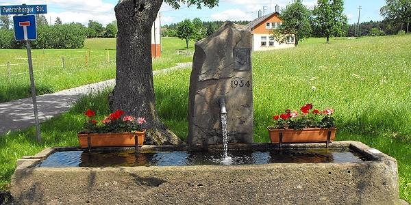 Brunnen in Zwerenberg