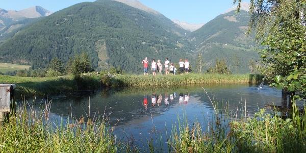 Fischteich bei der Launsberghütte. Der Wirt bereitet die Forellen frisch zu!