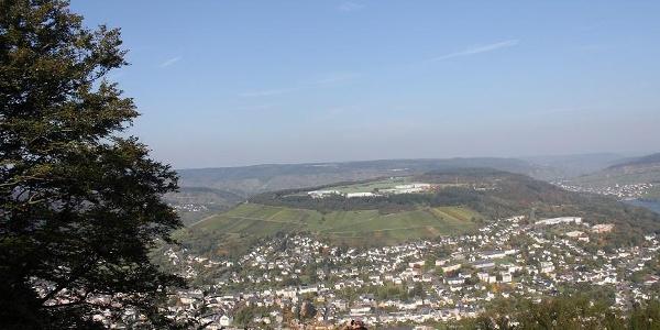 Aussicht von Starkenburg aufs Moseltal