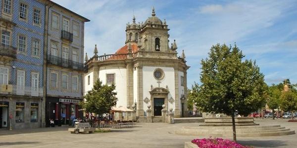 Igreja do Senhor da Cruz in the city center Barcelos