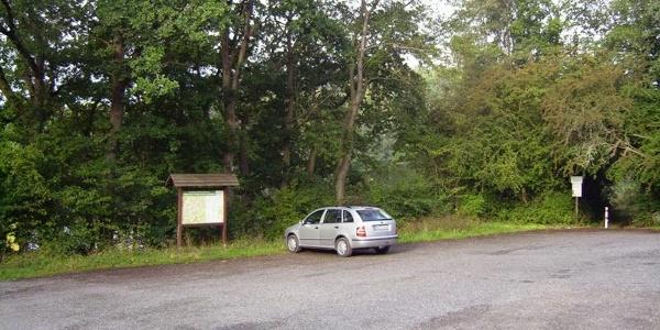 Wanderparkplatz am Ausgleichsbecken der Weidatalsperre