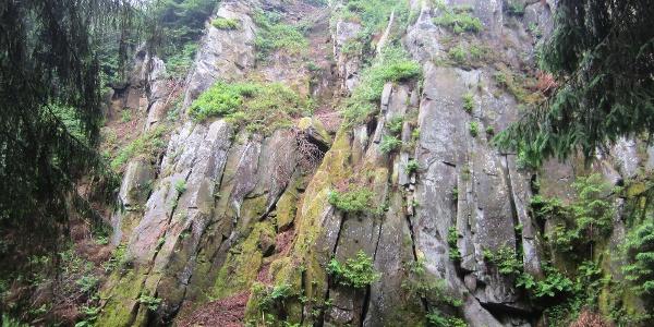 Kalksteinklippen unterhalb der Preußischen Velmerstot