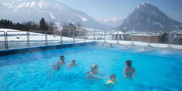 Warmwasserbecken im Alpenbad Pfronten