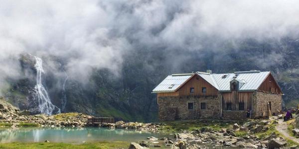 Tag 8: Vorbei an der Winnebachseehütte - mystisch in Wolken gehüllt