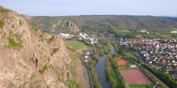 Bad Münster und Ebernburg von der Bastei aus gesehen.