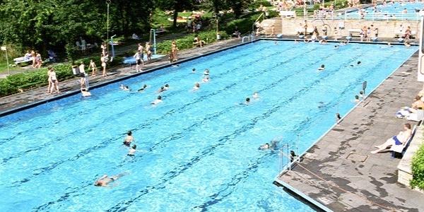 Freibad - Schwimmer