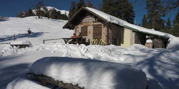 Val Lubie Hut