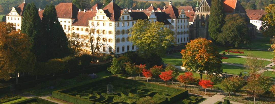 Formengarten am Schloss Salem