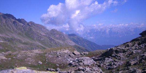 Blick in das Voldertal und zum Karwendel