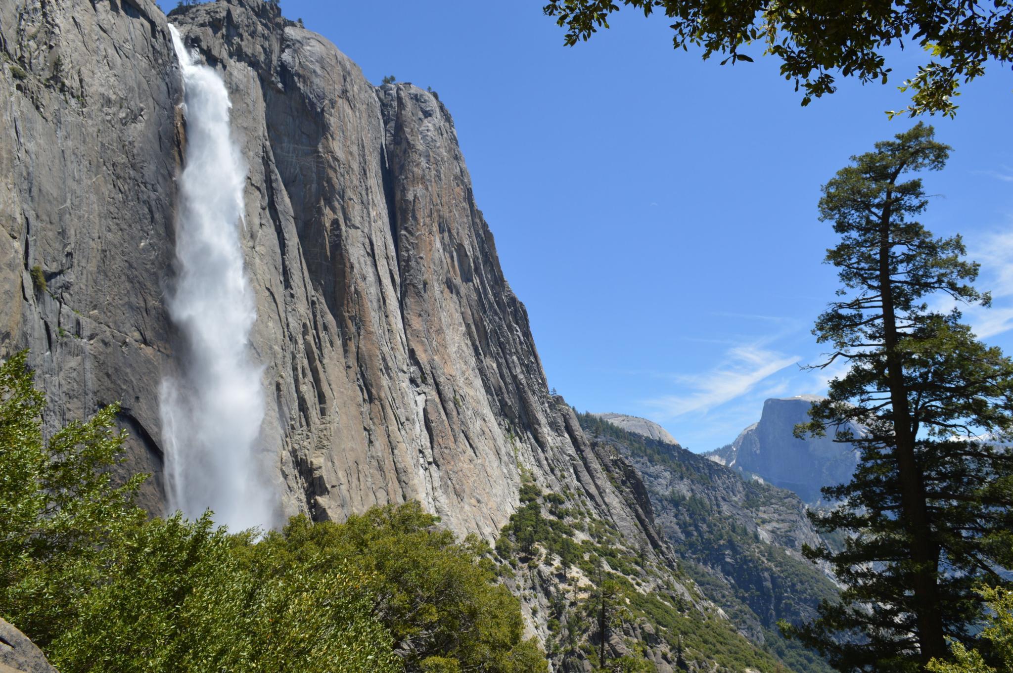 Upper Yosemite Falls Trail • Mountain Hike » outdooractive com