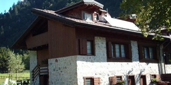 Appartamenti Chalet Palò - Lenzumo di Concei - Valle di Ledro - Lago di ledro