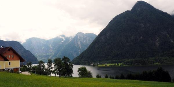 Güterweg Obersee mit Hallstättersee