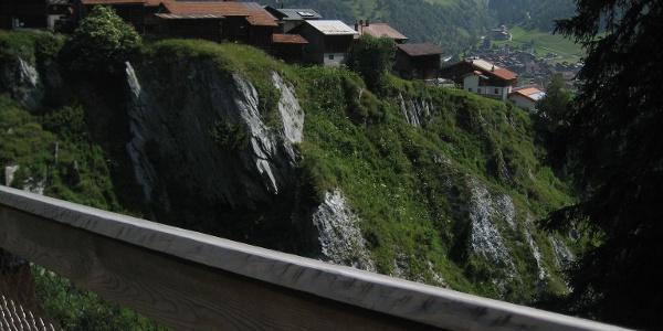 In wenigen Schritten über die Brücke nach Mutschnengia