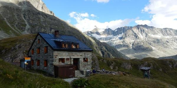 Cabane de Chanrion, CAS
