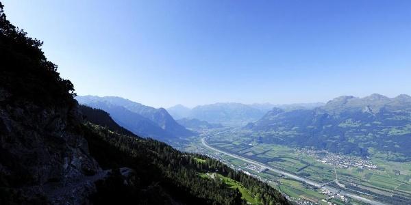 Blick auf das Rheintal vom Fürstensteig